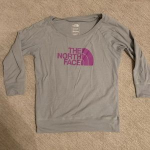 Women's north face top